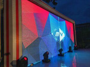 media_presentasi_visual_8